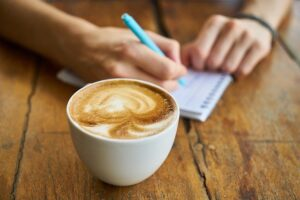 Perfekten Kaffee dank Kaffeevollautomaten mit Milchaufschäumer